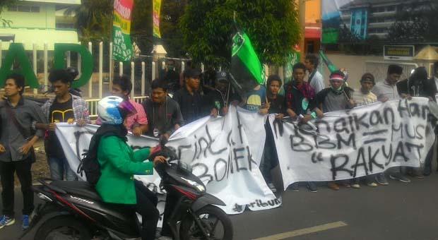HMI CIputat Kritik Kebijakan Jokowi-JK