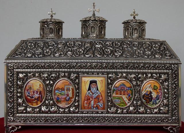 Λείψανο του Αγίου Νεκταρίου στην Ιερά Μονή Παναγίας Οδηγητρίας Τιθορέας. https://leipsanothiki.blogspot.gr/