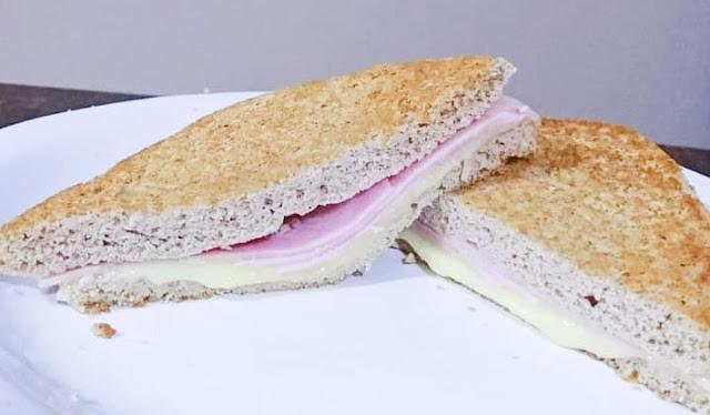 Low Carb: Pão de farinha de coco integral de 2 minutos