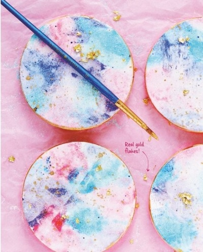 7. Watercolor Graffiti Cookies