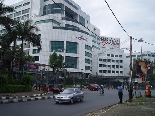 Pasaraya - beli batik di Jakarta