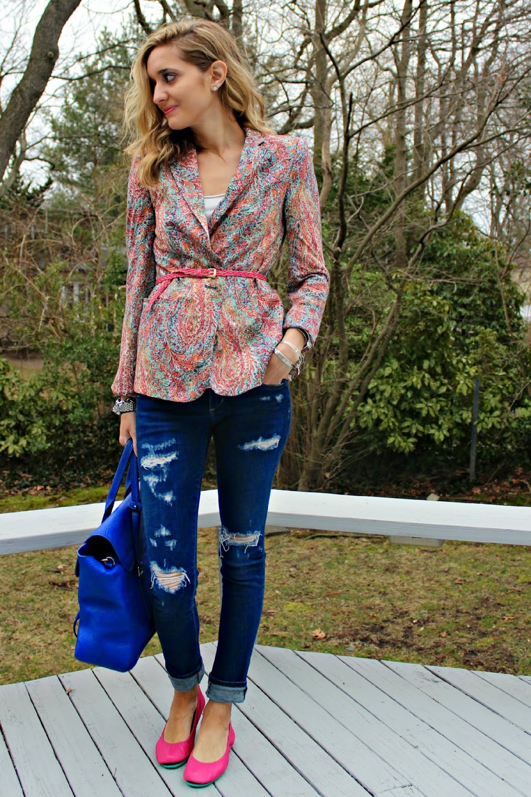 patterned blazer spring look