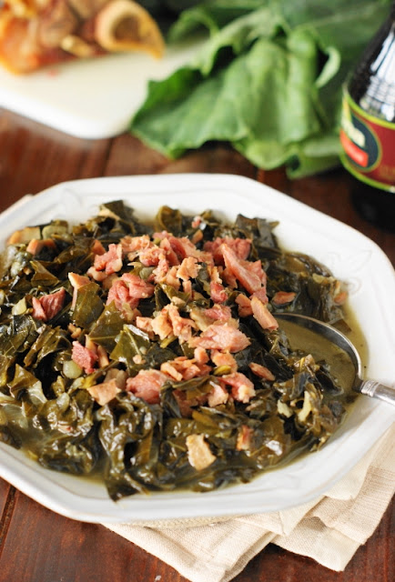 Southern Collard Greens Recipe ~ Usher in the new year in true Southern style. Or, enjoy tender, tasty collards ANY day of the year!   www.thekitchenismyplayground.com