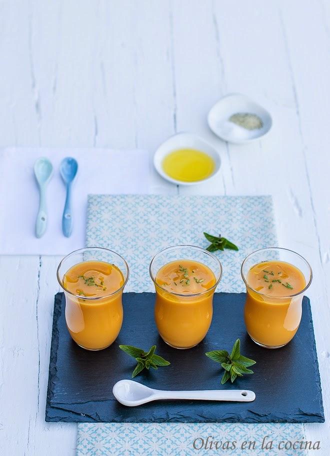 Gazpacho de nísperos