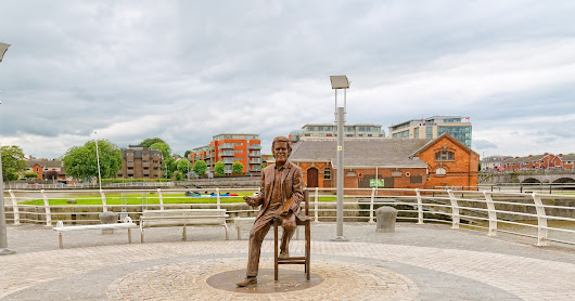 THE NEW STATUE OF TERRY WOGAN [THE PEOPLE OF LIMERICK ARE NOT AT ALL IMPRESSED]