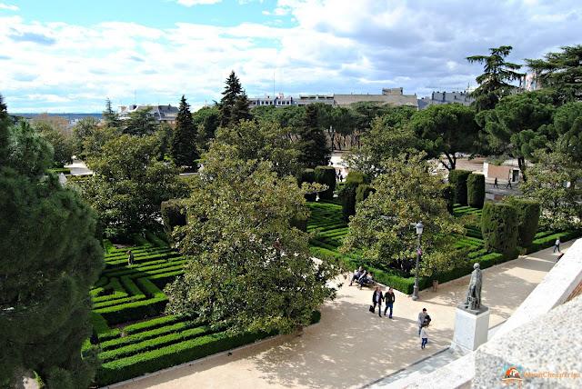 jardines de sabatini, Madrid, cosa vedere a madrid, itinerario a madrid, due giorni a Madrid, blogger madrid