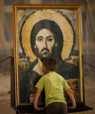Ελληνορθόδοξος Παλμός: Παιδιά προσκυνούν αγίες εικόνες - 30 ...