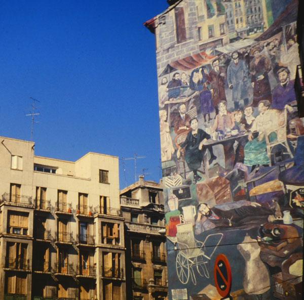 Medianería pintada junto a Rastro en Madrid. Foto: Rodrigo L. Alonso