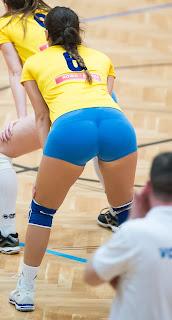 lindas-chicas-brasileñas-jugando-voleibol