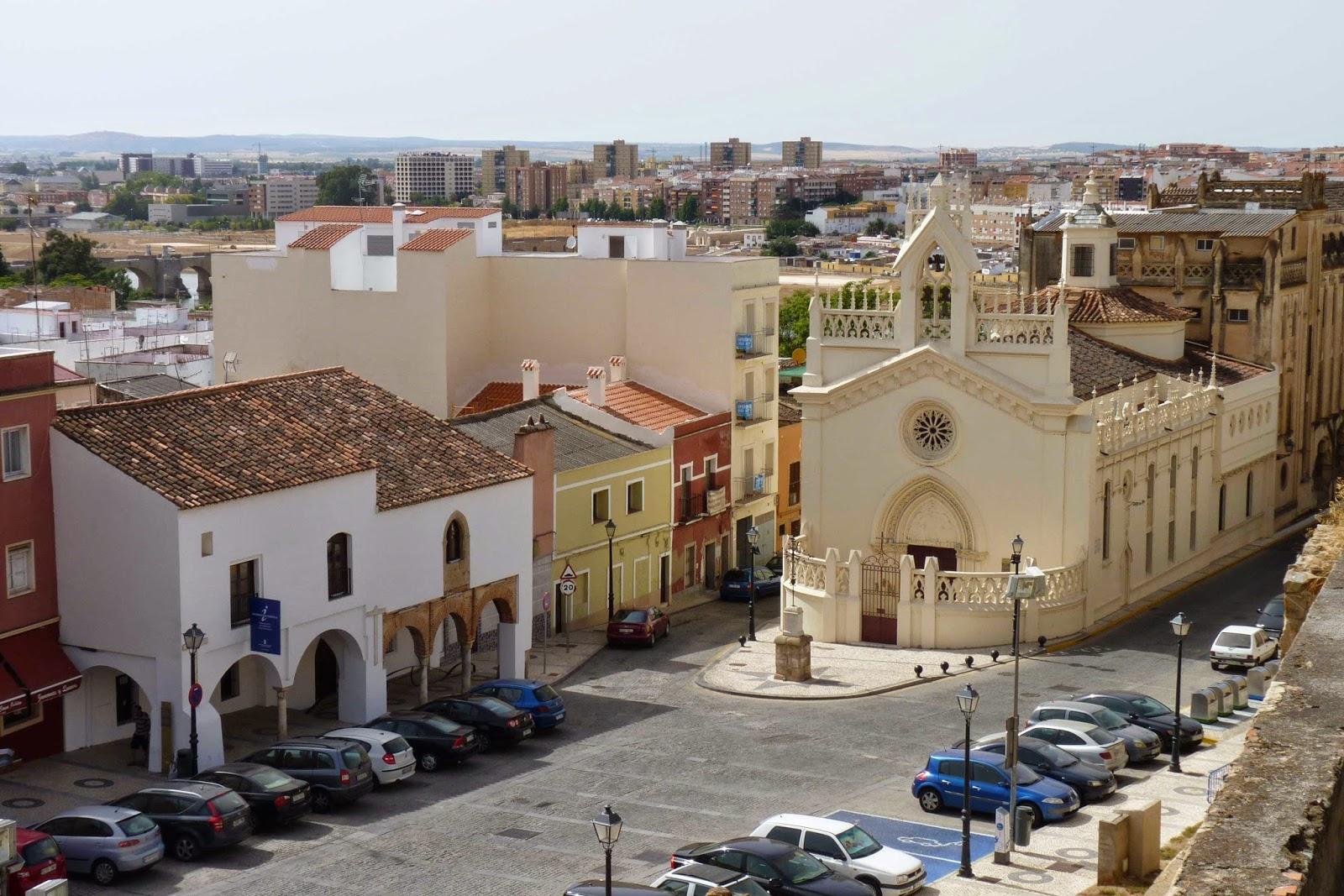 Plaza de San José desde el Alcazaba de Badajoz.