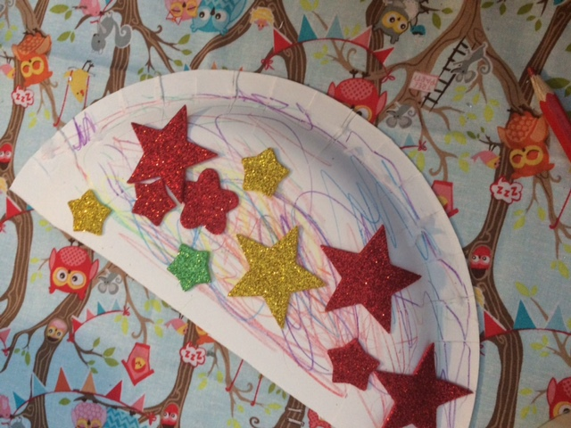 Paper plate decorated by a child