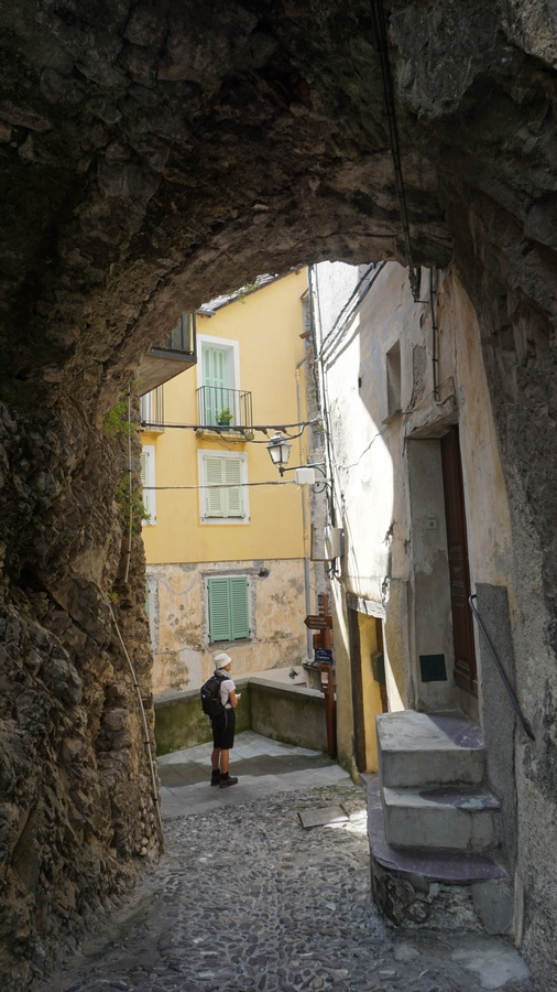 Cobbled narrow street in Saorge