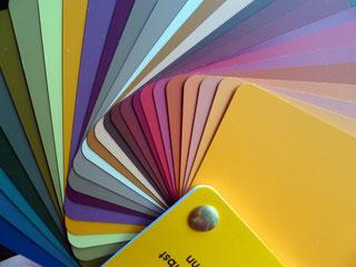 https://farbenreich.wordpress.com/category/allerlei-zur-farbe/farbberatung-stilberatung-tipps-und-trends/farbtyp-herbst/page/2/