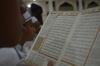 Muslim tapi buta huruf terhadap Al-Qur'an