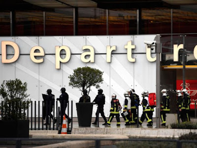 Terrorism suspect shot dead in Paris Orly airport
