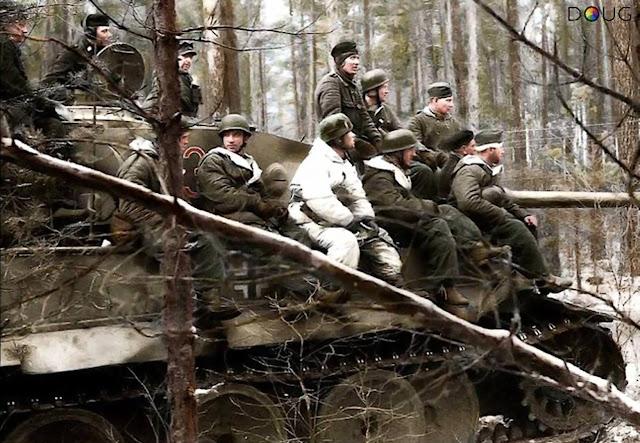 Fallschirmjäger worldwartwo.filminspector.com Russia 2nd Parachute Division