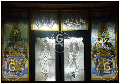 Kerajinan Kaca patri Rumah Joglo