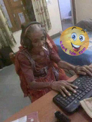 Funny Old Women Use Facebook
