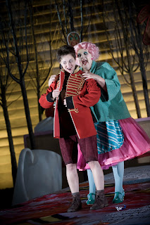 Hansel und Gretel Garsington Opea 2013 Claudia Huckle Hansel Susan Bickley Witch credit Mike Hoban