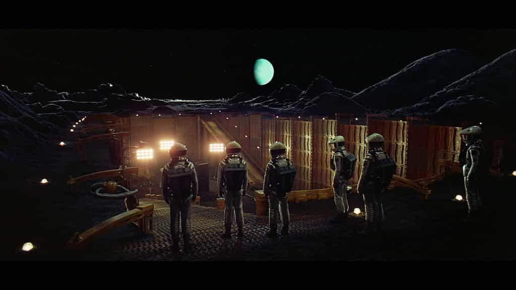 #744 La conquista del espacio | luisbermejo.com | podcast