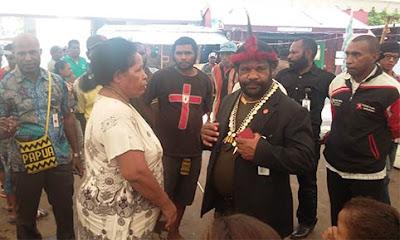 Lenis Kogoya: Pemprov Papua Harus Seriusi Pembangunan Pasar Mama Papua