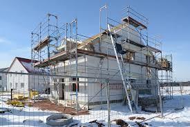 Bagaimana Mensiasati Renovasi Rumah dengan Anggaran Terjangkau?