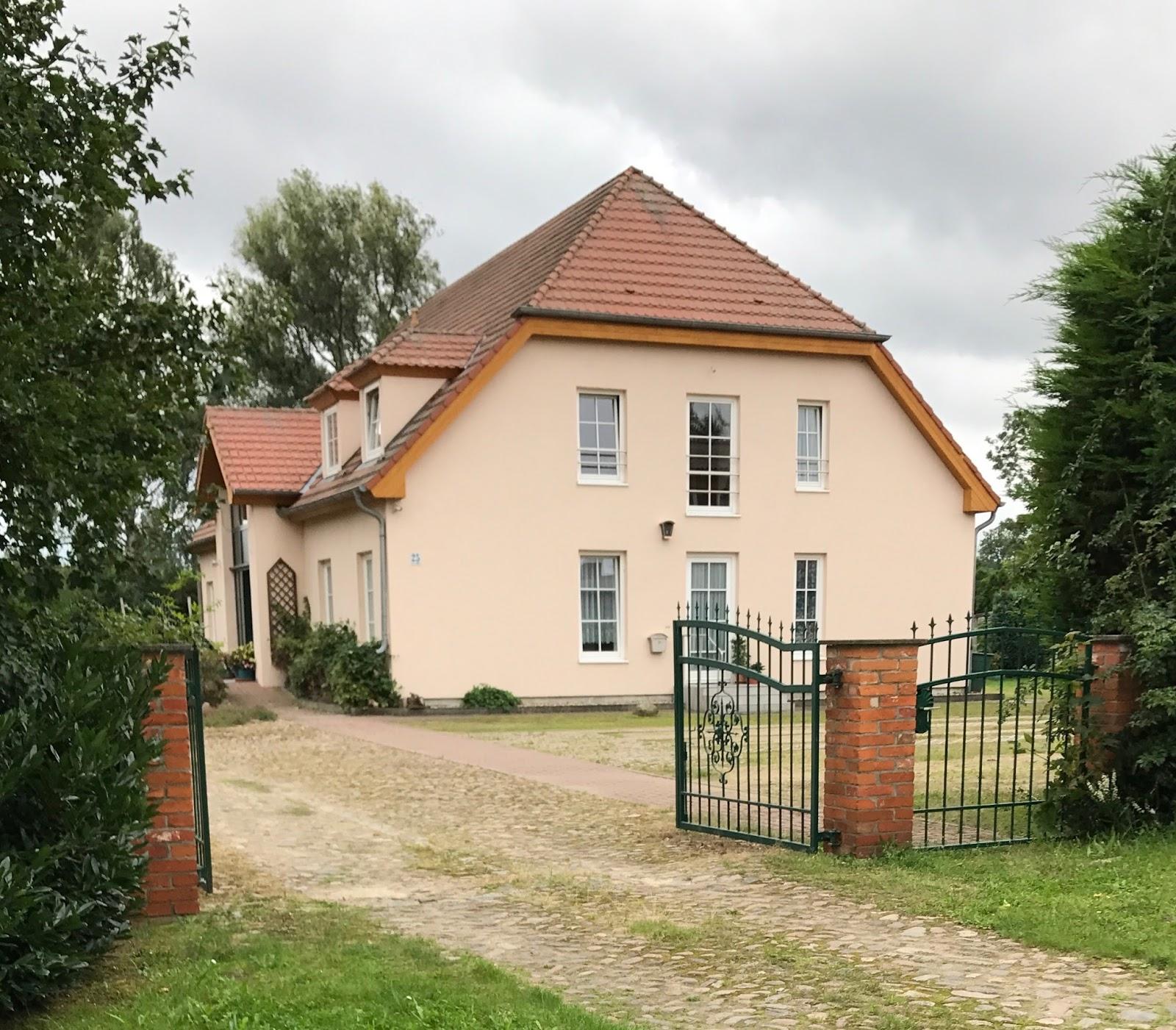 Wustenhagener Tagebuch Doppeldachhaus