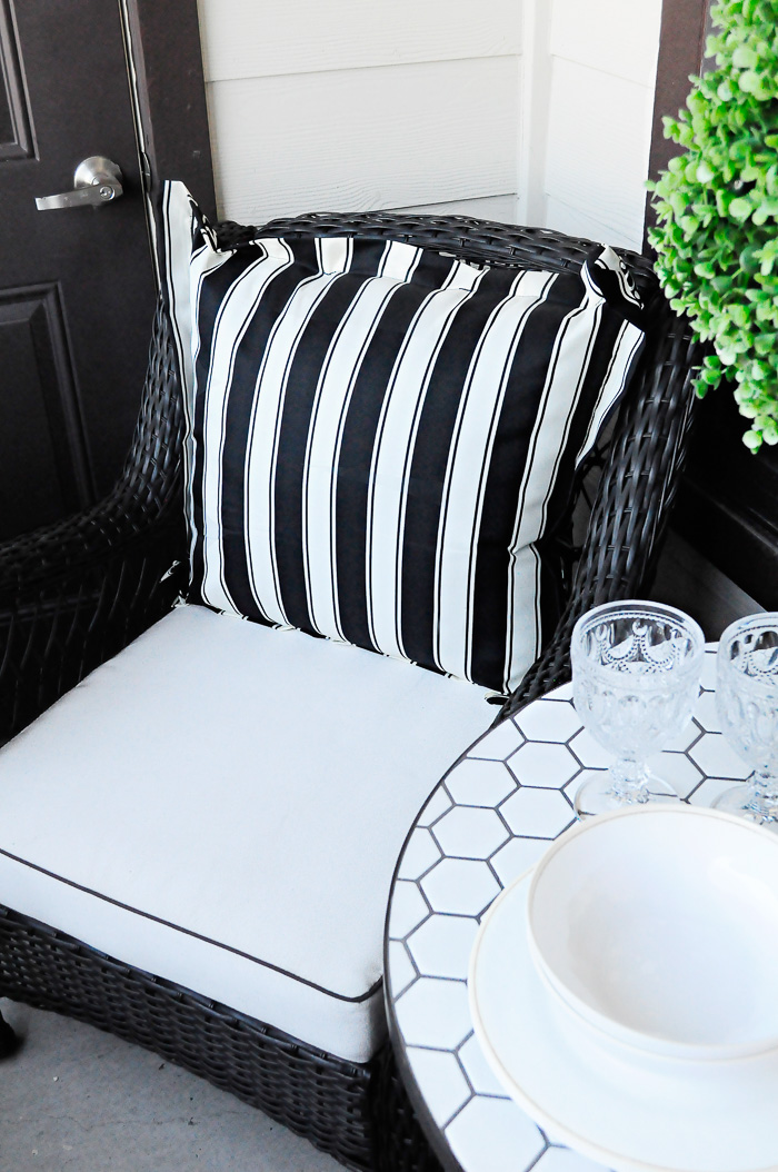 Decor ideas and inspiration on how to maximize style and space in a small space or apartment patio with some gorgeous finds from Walmart.