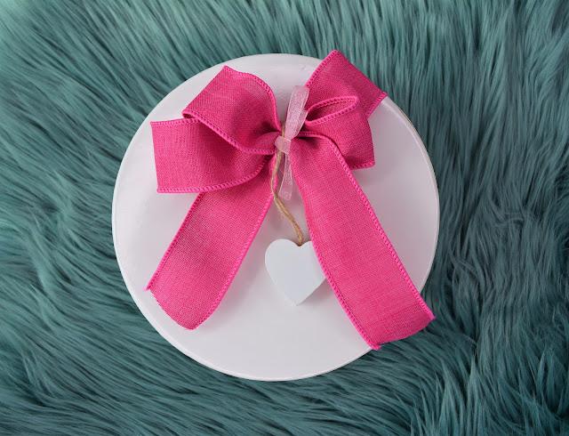 Avon | Valentine's Day Gift Box