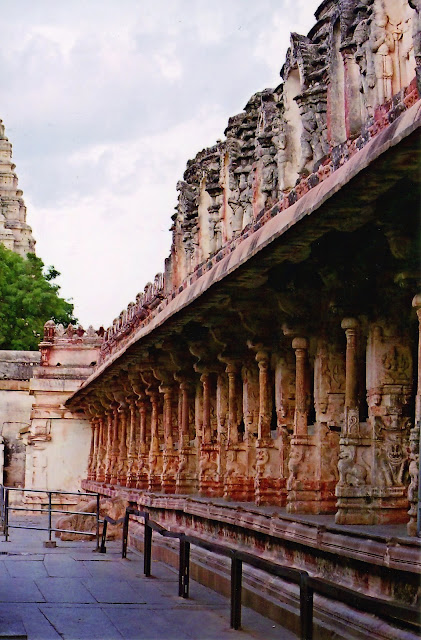 Inner colonnades - Virupaksha Temple Hampi - Pick, Pack, Go