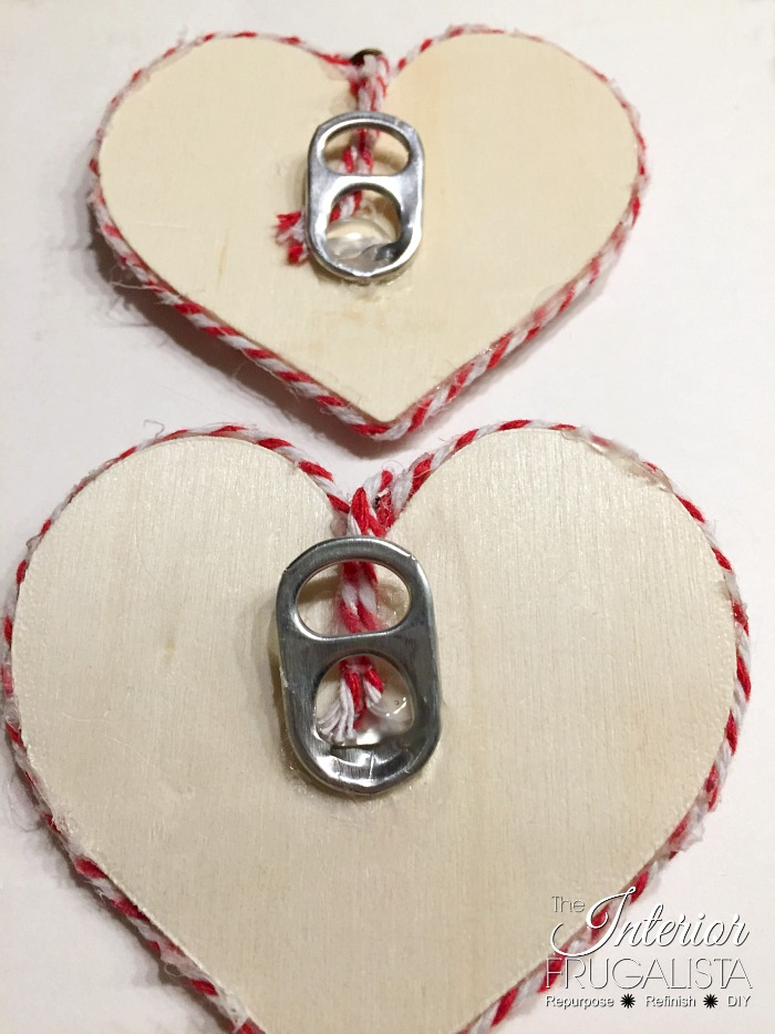 DIY Valentine Wreath Scarf Soda Can Tab Hanger