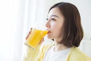Uống tinh bột nghệ mật ong trị đau dạ dày