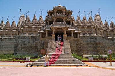 Ranakpur Jain Temple, Jain Temple at Ranakpur, Heritage Sites in Udaipur, Heritage of India, Indian Heritage, Udaipur Tourism, Tourist Information of Udaipur, Udaipur Tourist Information, Udaipur Tourist Attractions