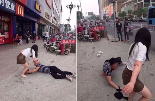 This man lies on the streets of China, begging for his ex-gf's forgiveness! Unbelievable!