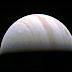 Juno sopravvive al suo primo sorvolo operativo di Giove
