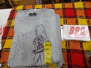 コストコアウトレット、Tシャツ990円スモール