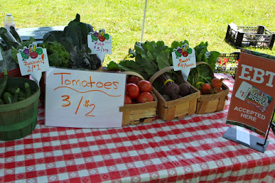 local farmers market selection