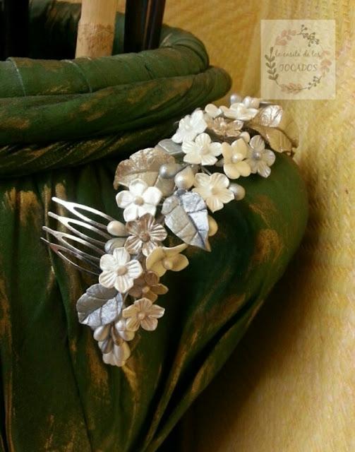 peineta grande para novia realizada en porcelana fría estilo romántico