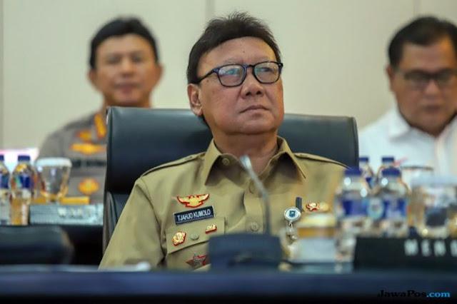 Tjahjo Kumolo Melawan: Yang Bisa Berhentikan Saya Hanya Presiden!