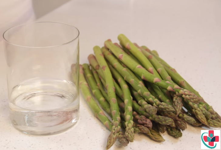 Just like with the scallions, the best way to store asparagus is in a water-filled jar and covered with plastic.Photo: alwaysorderdessert.com