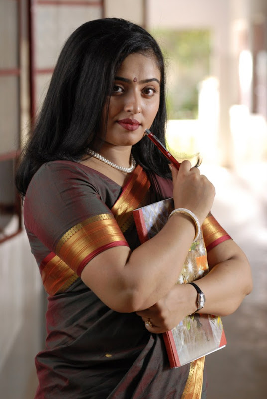 Tamil Mallu Actress Mumtaz at Thik Thik Movie Stillsphotos