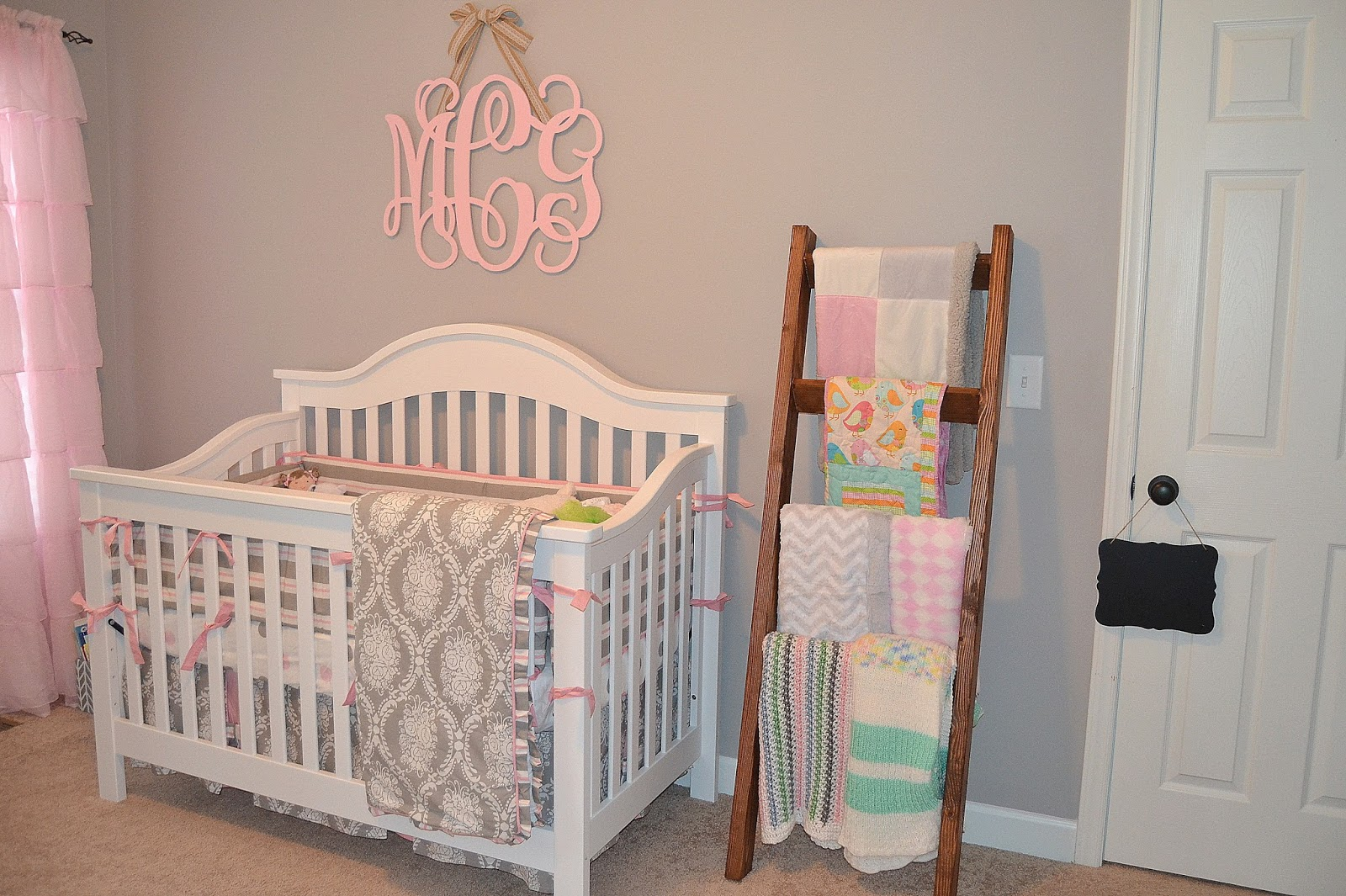Diy Crafts For Baby Room: The Sweetest Nest : DIY Blanket Ladder + Nursery Peek