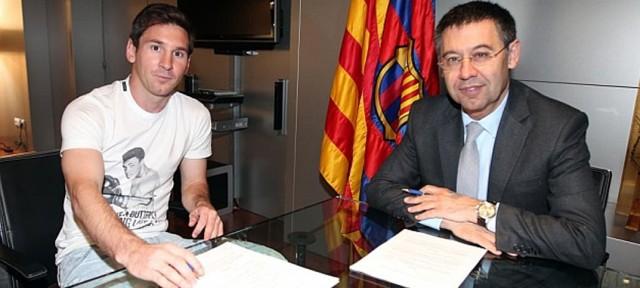 Lionel Messi dan Josep Maria Bartomeu