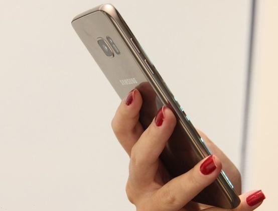 Galaxy S7 Edge tem câmera traseira de 12 MP
