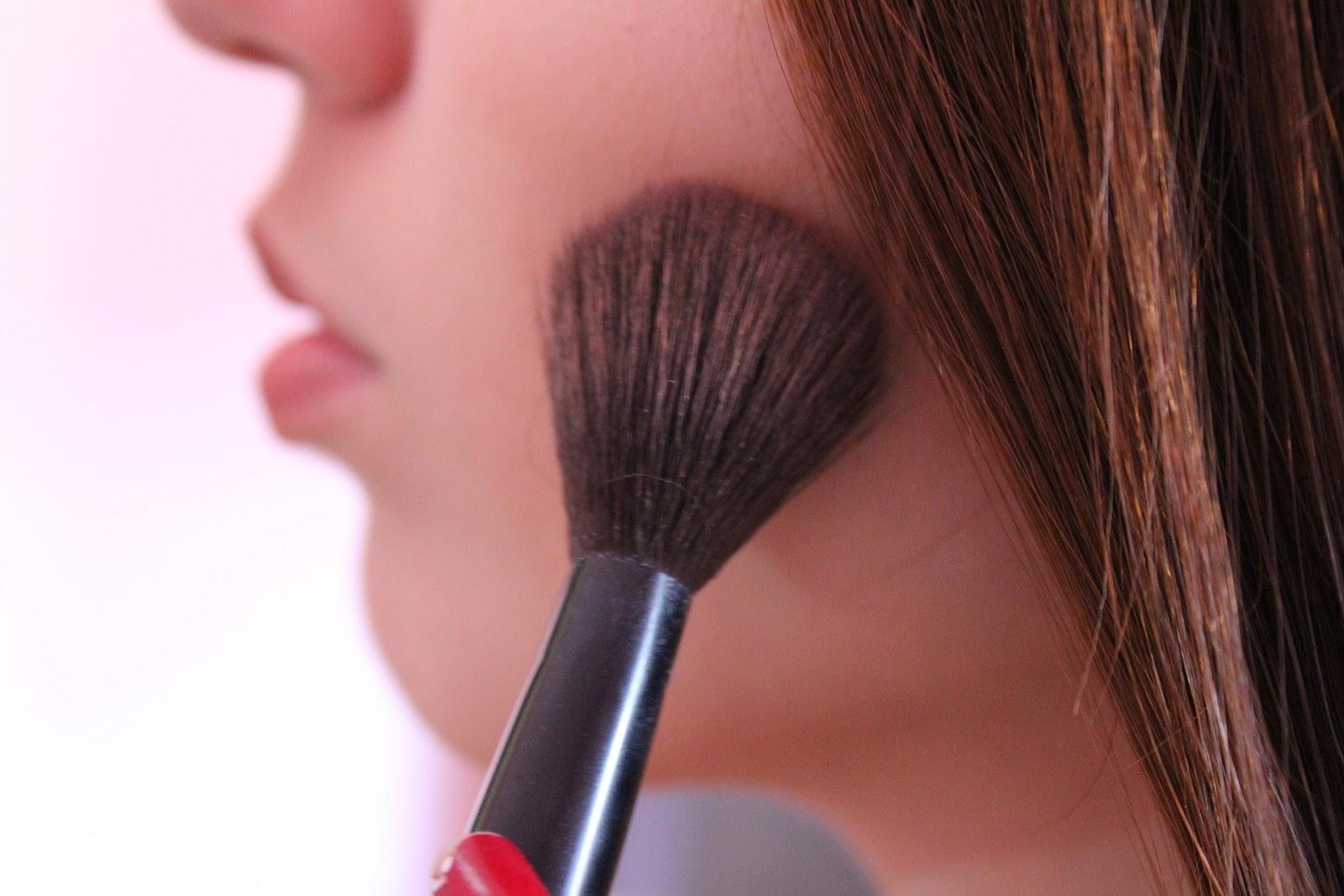 Beleza: Maquiagem - Objetos Necessários   É MAIS QUE VOAR