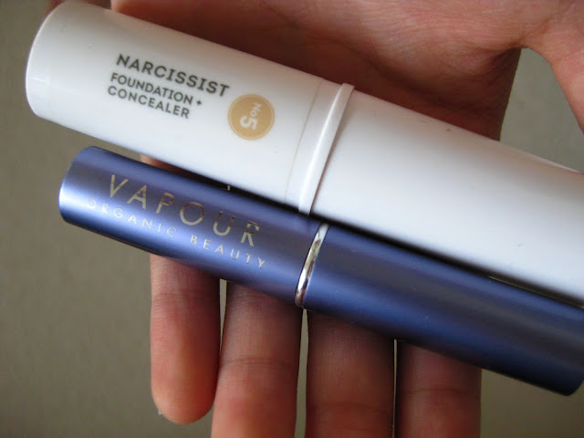 Concealer Comparison: Vapour vs. W3ll People
