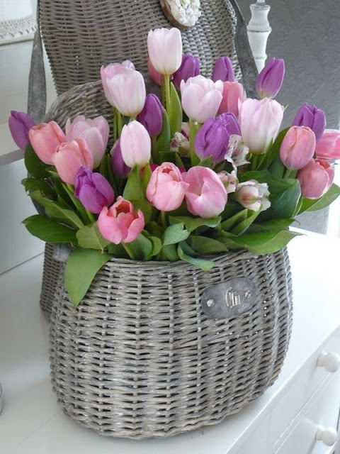 Floral Arrangements With Tulips 4