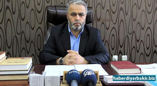DİYARBAKIR-Diyarbakır Müftüsü Burhan İşliyen, 14-20 Nisan Kutlu Doğum Haftası münasebetiyle basın açıklaması düzenledi.