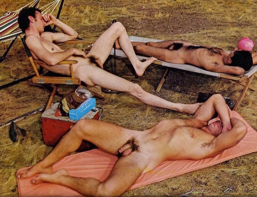 Sexy male campers — img 14
