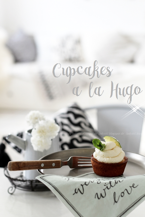Cupcakes a la Hugo, Cupcakes mit Holunderblütensiruptopping, Nachtisch für den Sommer, Sommer-Kuchen,